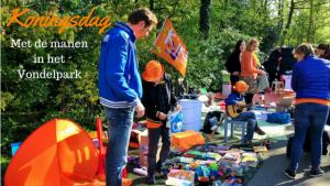 """""""Koningsdag met de mannen in het vondelpark Amsterdam"""""""