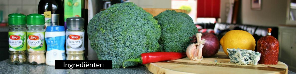 """""""ingrediënten - Broccoli salade met ui knoflook blauwe kaas en chorizo - gezond recept voor avondeten - mels feestje"""""""
