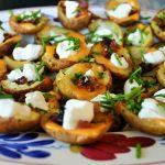 "Mexicaanse aardappel kuipjes met cheddar kaas en spekjes - Mexicaanse hapjes """