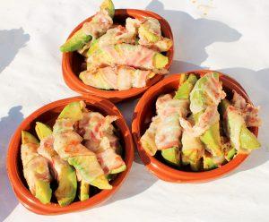 Mexicaanse verjaardagshapjes - Avocado uit de oven met knapperige spek omwikkeld - hapje - Mels Feestje