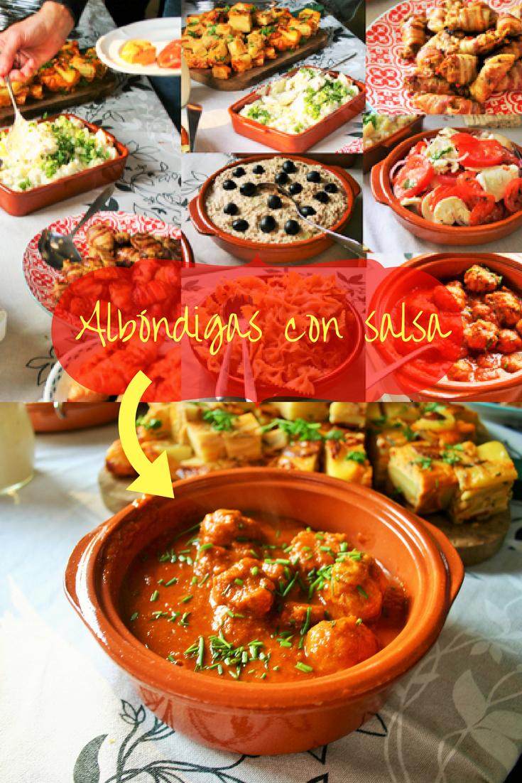 """""""""""Pinterest plaatje - 8 makkelijke tapas_ Albóndigas con salsa. Spaanse heerlijk gekruide gehaktballetjes in een pittige tomatensaus. Afgeblust met rode wijn - Tapasfeestje - Mels Feestje"""""""""""