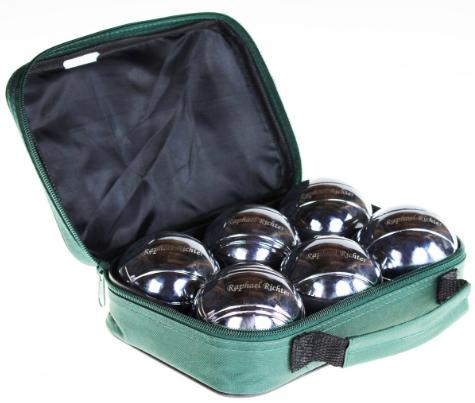 Cadeautjes voor onderweg. unieke, gegraveerde jeu de boules ballen. De mooie set met 6 jeu de boules ballen, accessoires en een praktische tas is een te personaliseren cadeau. Persoonlijke Jeu de boule ballen